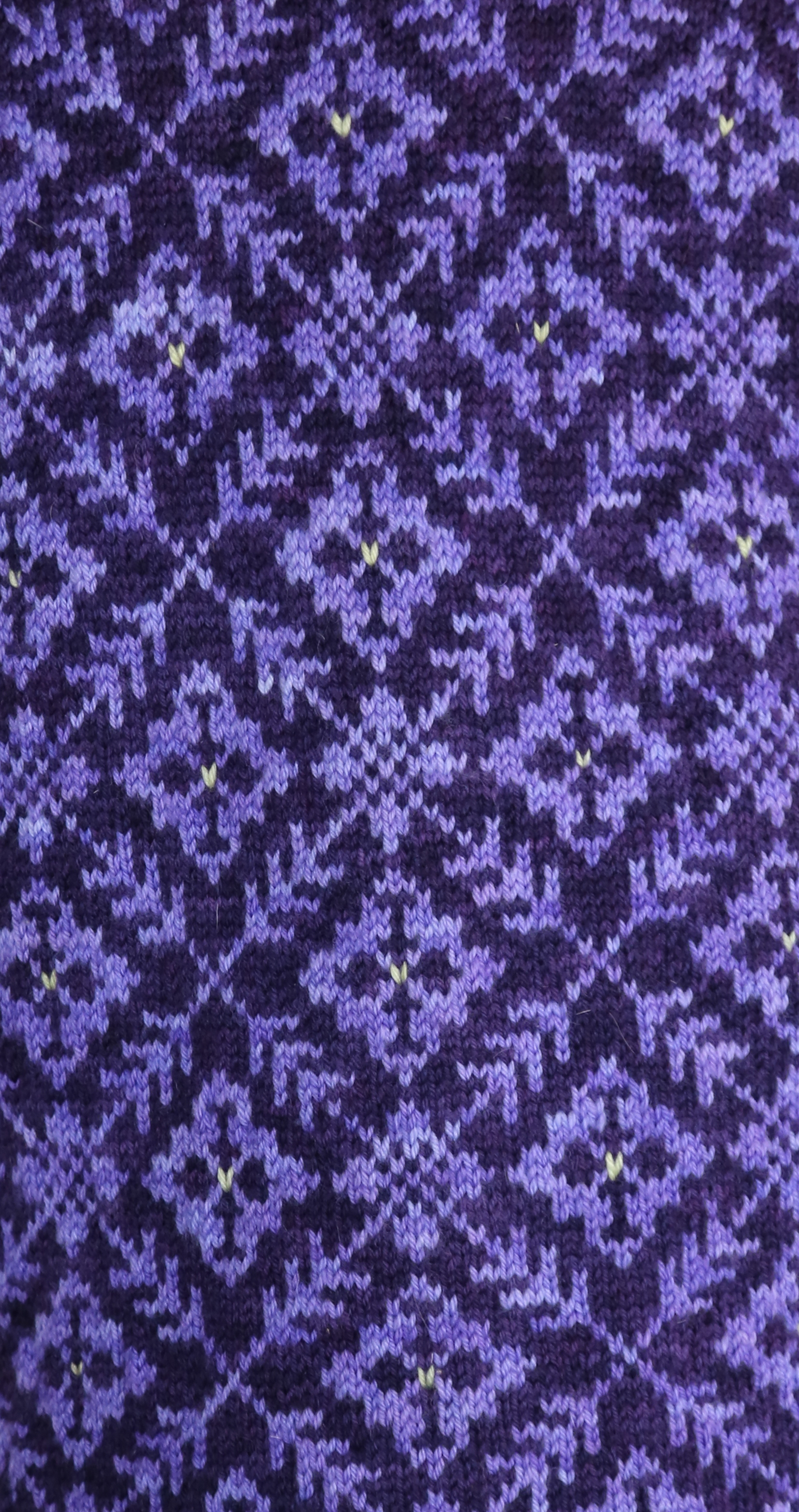 purple-vest-pattern-swatch
